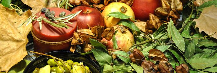Decoración otoñal para celebraciones con fruta del tiempo