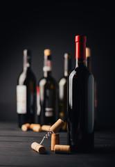 Spoed Foto op Canvas Wijn bottle and glass of red wine