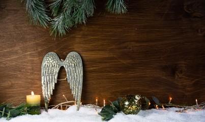 Weihnachten Hintergrund und Dekoration - Engel Flügel im Schnee