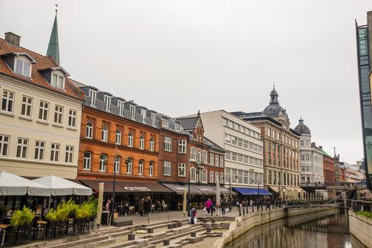 Aarhus, Denmark: Promenade along the river Aarhus A in the city center of the town of Aarhus