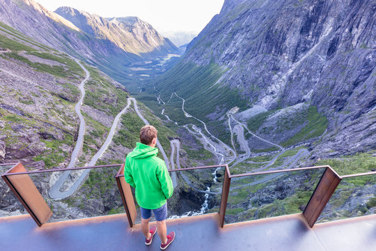 Romsdalen, Norway: The project enhances the experience of the Trollstigen plateau?s location and nature. The architecture is characterized by clear and precise transitions between planned zones and the natural landscape.