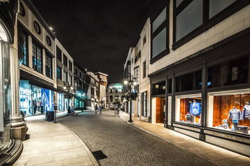Luxury shops in Rodeo Drive at night