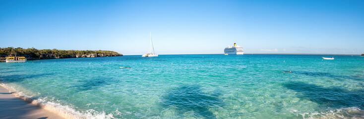Catalina island - Playa de la isla Catalina - Caribbean tropical beach and sea