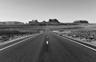 Foto op Textielframe Grijs The desert landscape of Monument Valley, Navajo Tribal Park in the southwest USA in Arizona and Utah, America