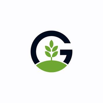 Green tree letter G Logo design inspiration - vector