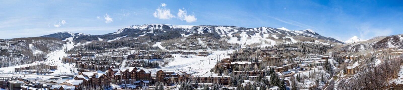 Panorama of Snowmass Mountain ski area in Aspen, Colorado.