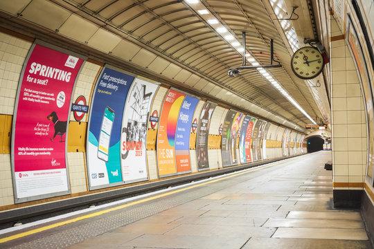 Empty platform at Gants Hill London Underground station