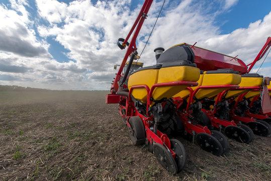 Ukraine, tractor seed drill hybrids seeds