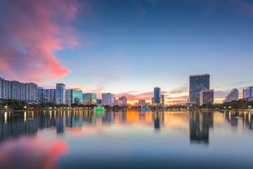 Fotomurales - Orlando, Florida, USA downtown city skyline from Eola Park