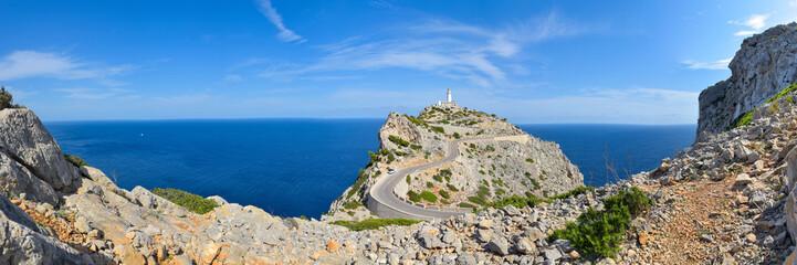Fototapeten Südeuropa Panorama Leuchtturm am Cap de Formentor / Mallorca