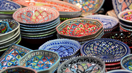 Deurstickers Marokko ceramics on the souk