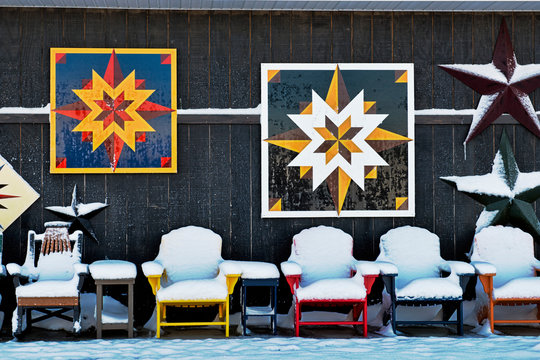 Outdoor Barn Quilts and Chairs