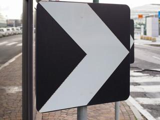 single chevron marker sign
