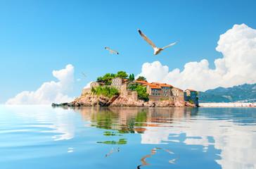 Foto auf Leinwand Blau Sveti Stefan Island
