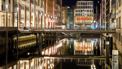 Bleichenfleet Hamburg Nordende abends HD Format