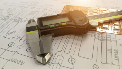Engineering drawing and digital vernier calipers ,Measuring the dimensions of part with metal vernier caliper, vernier caliper is a measuring instrument used to precise