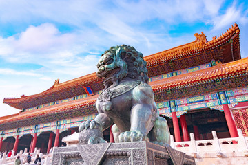 Spoed Fotobehang Peking Chinese guardian Lion in Forbidden City, Beijing, China