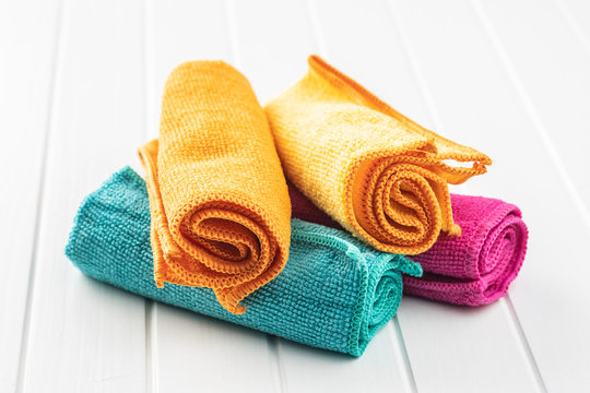 Microfiber cleaning towels.