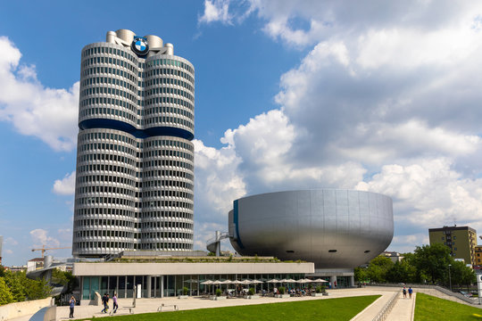 Office building and the museum of BMW group