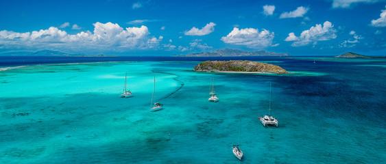 Vue aérienne des Grenadines.