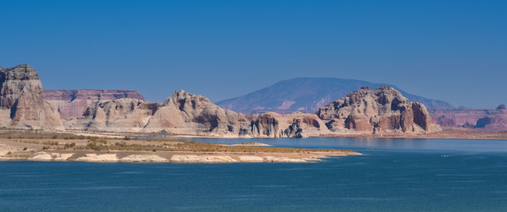 Lake Powell, a reservoir on the Colorado River, straddling the border between Utah and Arizona, USA