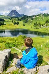 Verschnaufpause zum Genießen der fantastischen Bergwelt in der Arlberg-Region