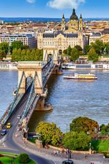 Foto auf Leinwand Budapest Budapest mit Donau und Kettenbrücke