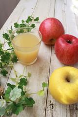 りんごとリンゴジュース