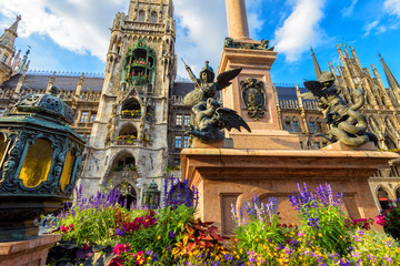 Fototapete - Marienplatz square in summer, Munich, Germany. It is top landmark of Munich.