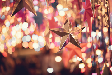 Fototapete - Close up silver star with bokeh, Christmas and new year abstract background