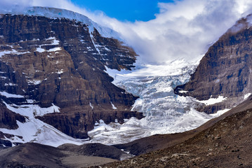 Glacier in the Icefields Parkway in the Canadian Rockies