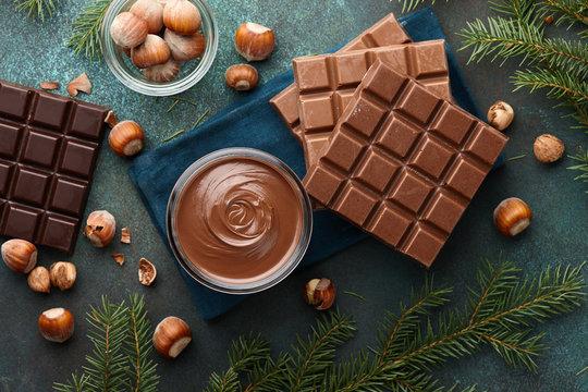 Hazelnut spread with nuts and chocolate