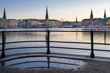 Türmchen Silhouette Hamburg Binnenalster Vorweihnachtszeit