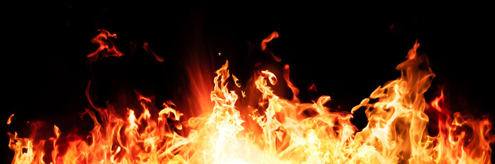Photo sur cadre textile Feu, Flamme Panorama Fire flames on black background.