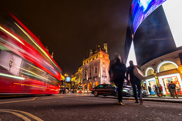 Printed roller blinds London red bus Night scene in Piccadilly Circus