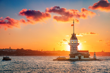 Maiden's tower at sunset time - Istanbul, Turkey Fotomurales