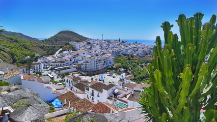 frigiliana, weißes dorf in andalusien, spanisches feriendorf, tourismus Fotomurales