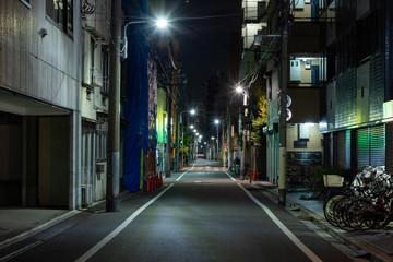 Keuken foto achterwand Smal steegje 【東京都台東区】夜の街の道路