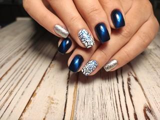 Poster de jardin Manicure Fashion nails manicure on beautiful female hands