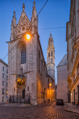 Fototapete - church Mary at the Shore (Maria am Gestade), one of the oldest buildings in Vienna, Austria