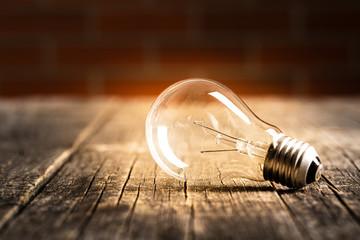 Classic light bulb Fotobehang