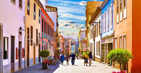 Islas canarias.Tenerife. Calles del pueblo de  La Laguna.