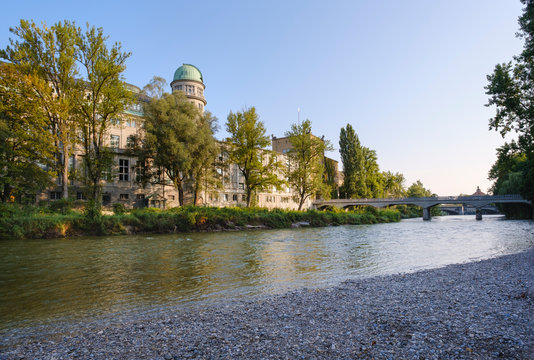 Germany, Bavaria, Upper Bavaria, Munich?cityscape?with?Deutsches?Museum over Isar river