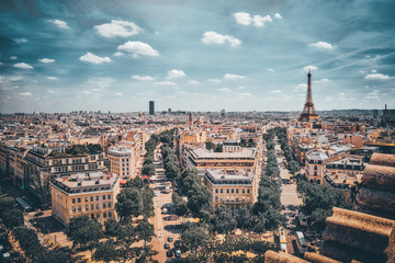 Fotomurales - Beautiful panoramic view of Paris from the roof of the Triumphal Arch. View of the Eiffel Tower.