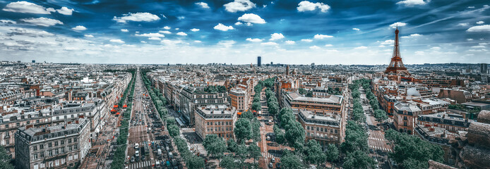 Fotomurales - Beautiful panoramic view of Paris from the roof of the Triumphal Arch. Champs Elysees and the Eiffel Tower.
