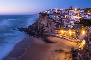 Foto auf Acrylglas Aubergine lila Azenhas do Mar village at dusk, Sintra Portugal