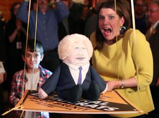 Liberal Democrats leader Jo Swinson campaigns in Edinburgh