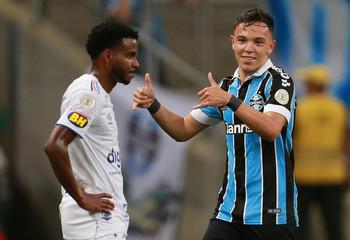 Brasileiro Championship - Gremio v Cruzeiro
