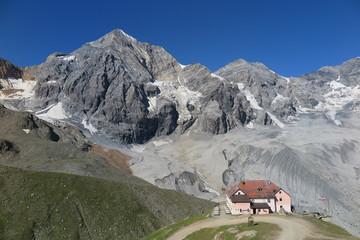 Ortler Königspitze mit Schaubachhütte