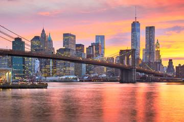 Fototapete - Lower Manhattan Skyline and Brooklyn Bridge